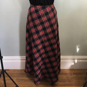 Vintage // Plaid Maxi Skirt // Plus Size